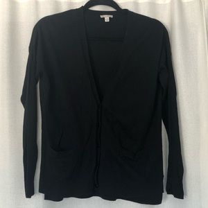 Gap black v neck button front cardigan